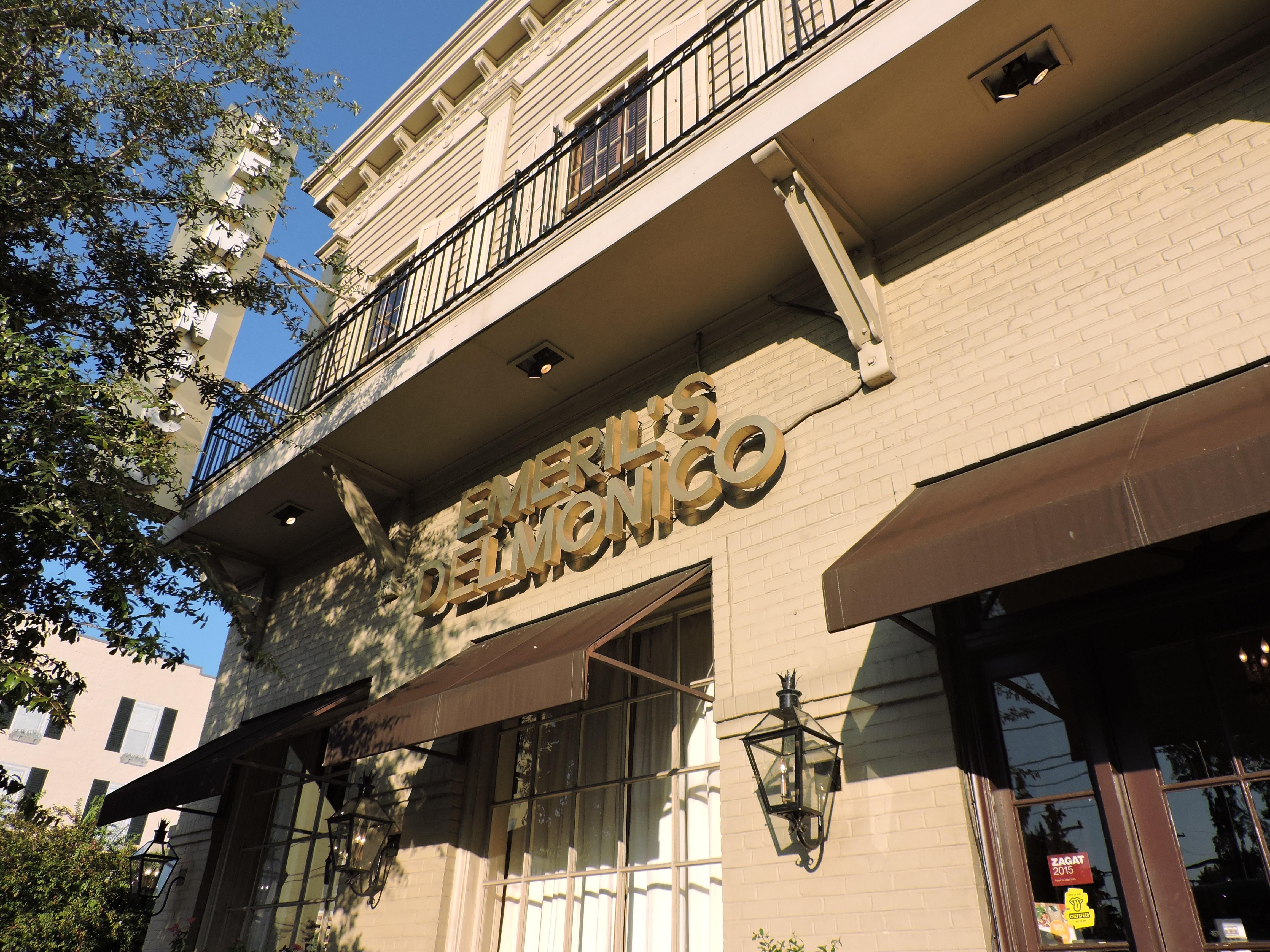 Emeril's Delmonico | Happy Hour Hors